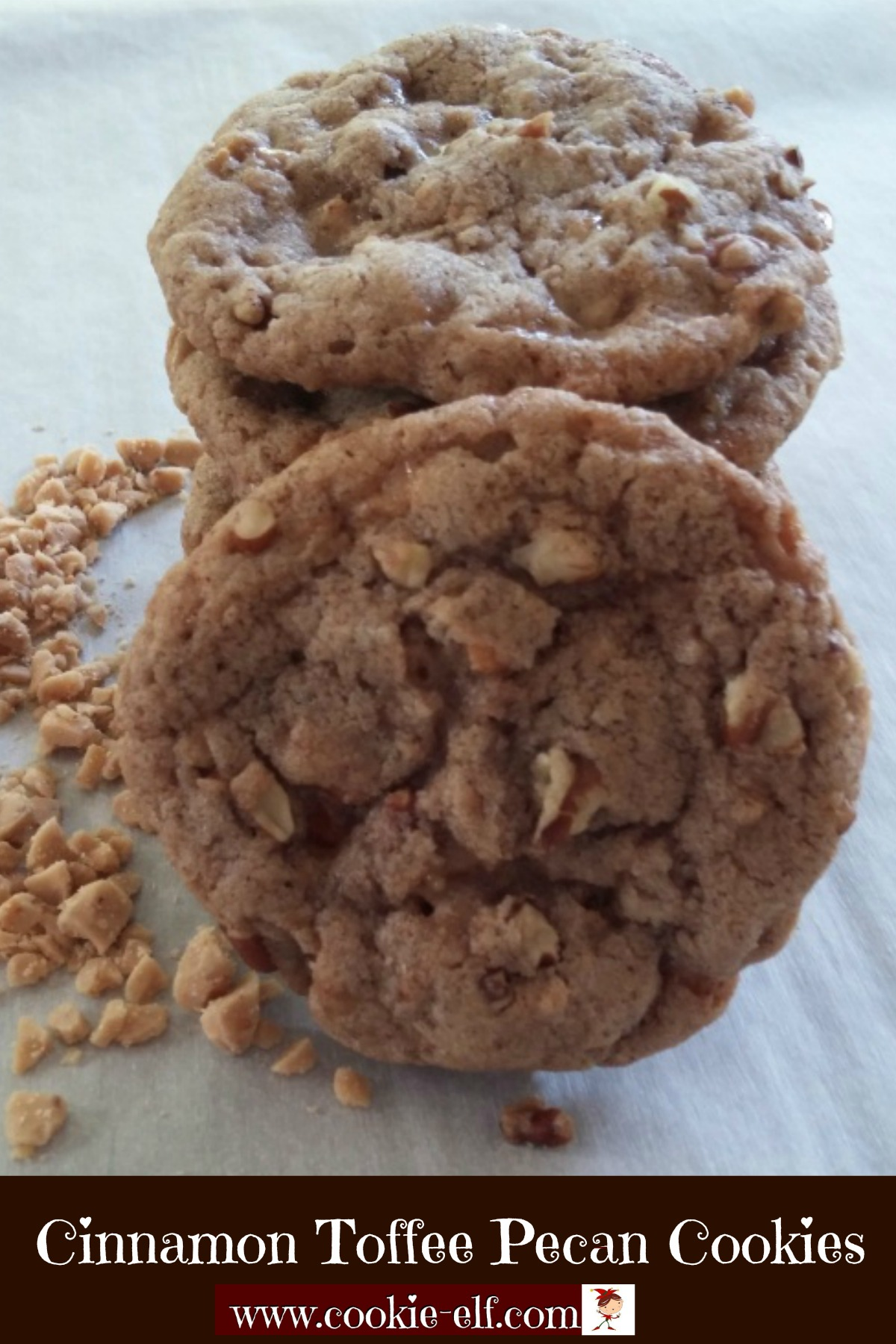 Cinnamon Toffee Pecan Cookies